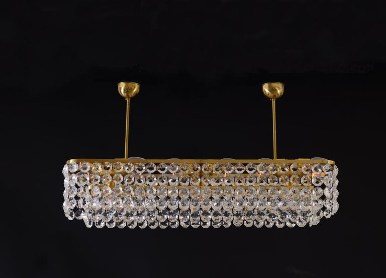 Contemporary Large square Mid-Century Modern Crystal Chandelier 15 flames - Re Edition For Sale