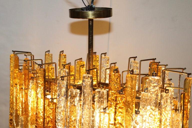 1960s Mid-Century Modern Venini Glass Oval Chandelier For Sale 4