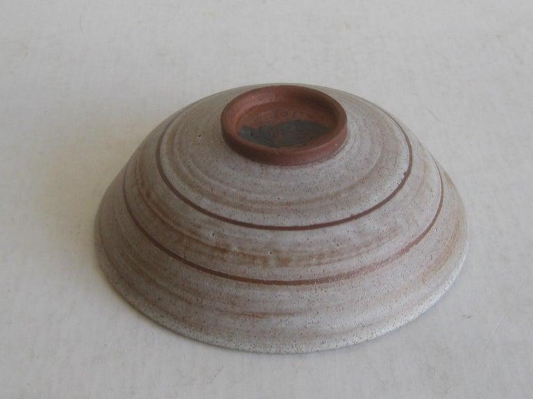 1960s Mishi Nojima California Design Studio Pottery Low Bowl Berkeley Artist For Sale 2