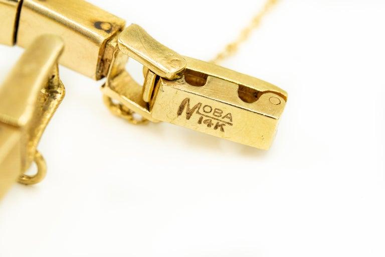 1960s Moba Diamond Florentine Finish Gold Covered Ladies Wristwatch Bracelet For Sale 2