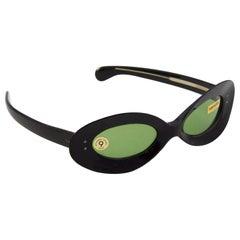 1960s Mod Black Frame Sunglasses
