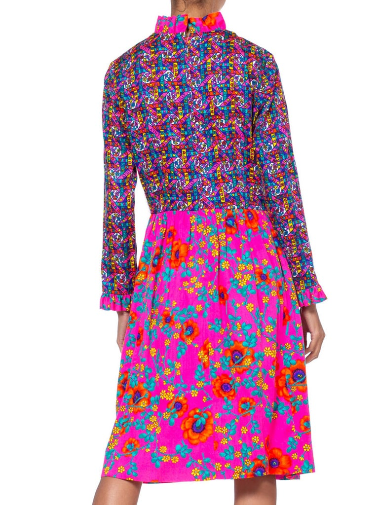 1960'S LILLY PULITZER Hot Pink Floral Cotton Long Sleeve Mod Dress With Ruffle  For Sale 4