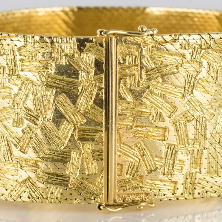1960s Modernist Decor 18 Karat Yellow Gold Ribbon Bracelet For Sale 6
