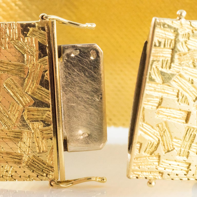 1960s Modernist Decor 18 Karat Yellow Gold Ribbon Bracelet For Sale 7