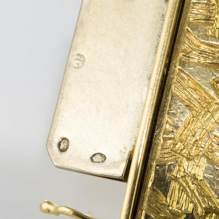 1960s Modernist Decor 18 Karat Yellow Gold Ribbon Bracelet For Sale 10