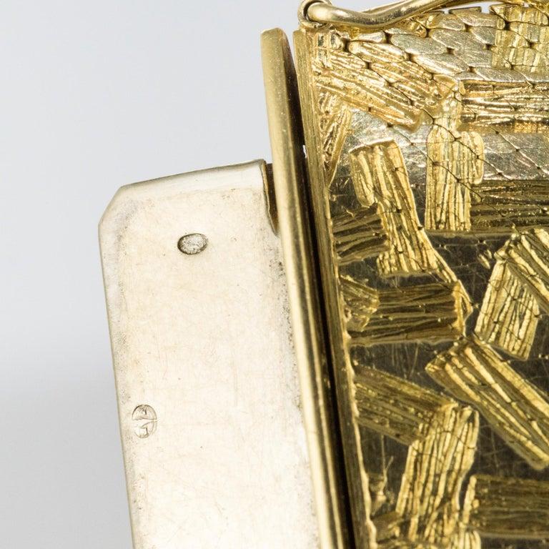 1960s Modernist Decor 18 Karat Yellow Gold Ribbon Bracelet For Sale 11