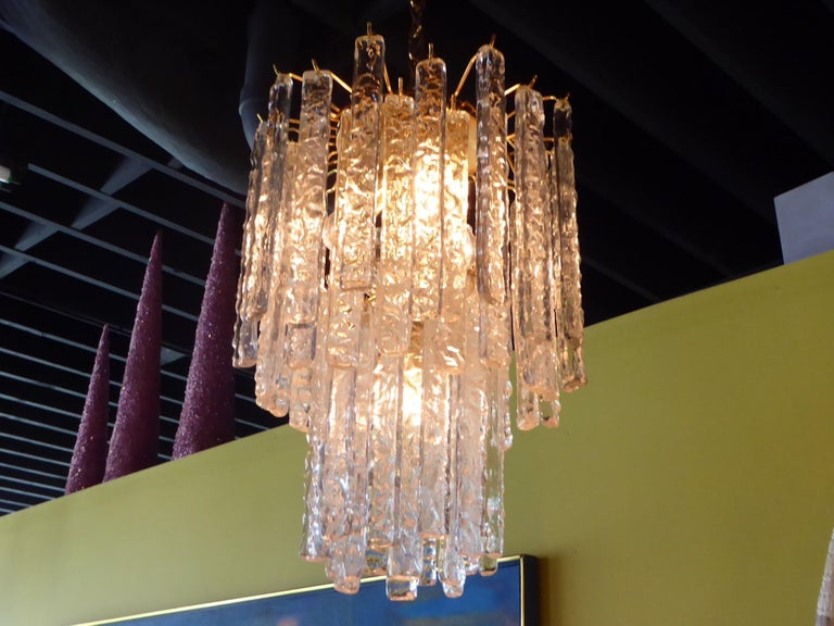 1960s Modernist Mazzega Murano Textured Crystal Chandelier In Good Condition For Sale In Miami, FL