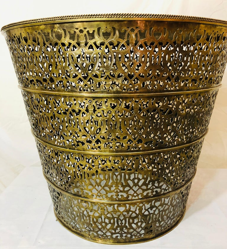 1960s Moroccan All Brass Center or Table lamp or Lighted Table In Good Condition For Sale In Stamford, CT