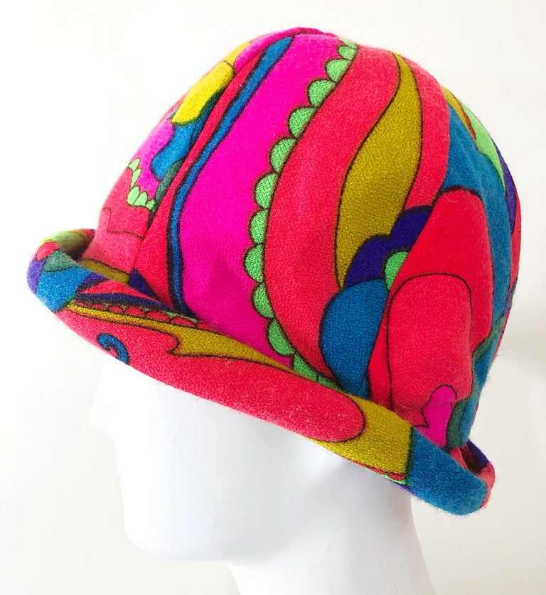 1960s Mr. Martin Retro Bright Mod Psychedelic Vintage 60s Wool Cloche Hat  For Sale 1