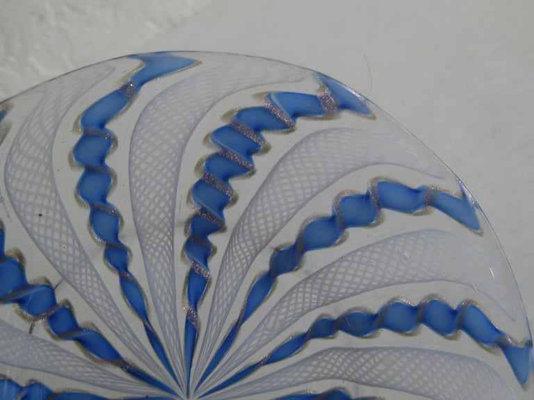 1960s Murano Venetian Art Glass Ribbon Latticino Candy Dish Bowl with Gold Flex For Sale 4