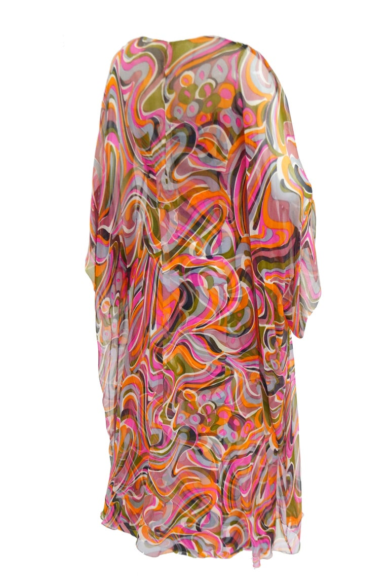 1960s Neiman Marcus Vibrant Pink Swirl Dress with Sheer Kimono Detail  For Sale 3