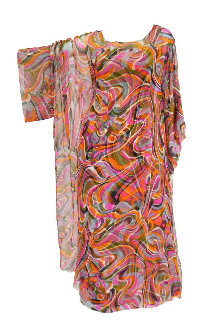 1960s Neiman Marcus Vibrant Pink Swirl Dress with Sheer Kimono Detail  For Sale 5