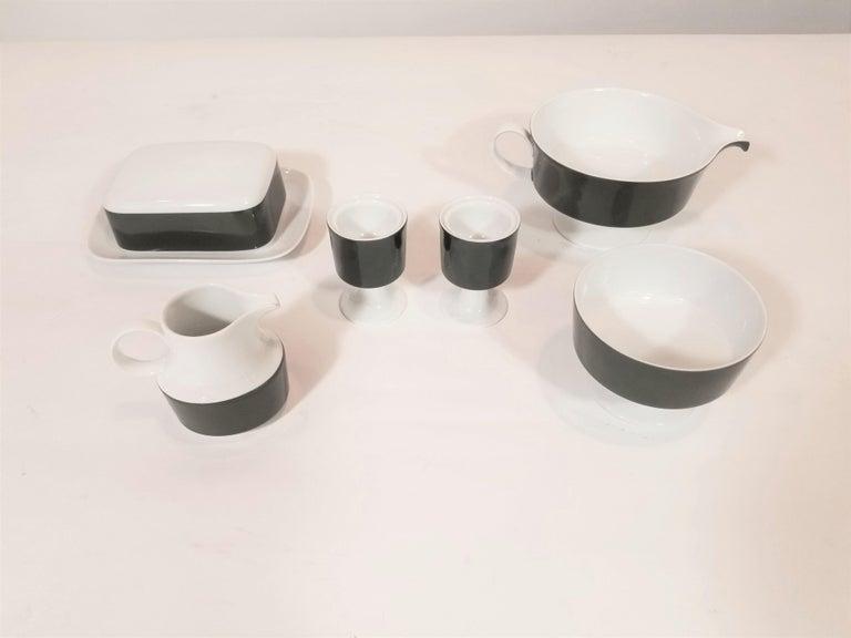 1960s Olive Rosenthal, Continental Midcentury Porcelain Service for 8 / 63 Pcs 11