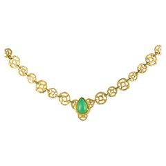 1960s Openwork 18 Karat Yellow Gold Discs Chrysophrase Necklace