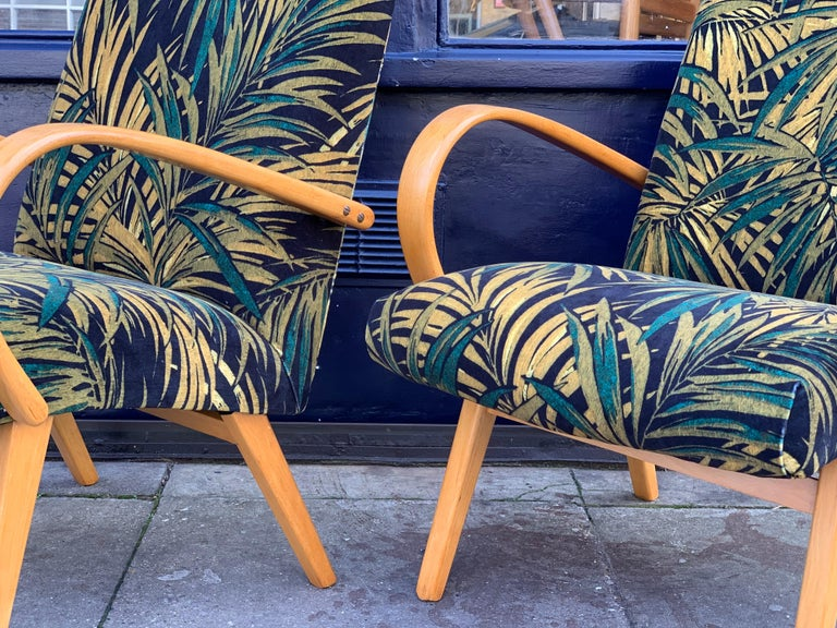 1960s Pair of Czech Republic Lounge Chairs Armchairs by Jaroslav Smidek for Ton In Good Condition For Sale In London, GB
