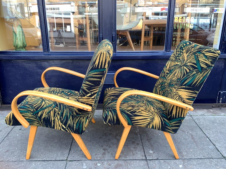 20th Century 1960s Pair of Czech Republic Lounge Chairs Armchairs by Jaroslav Smidek for Ton For Sale