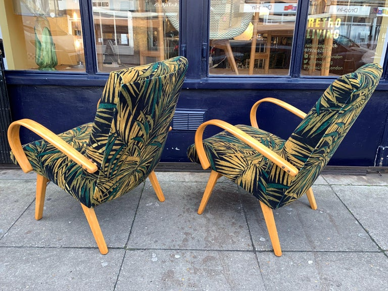 1960s Pair of Czech Republic Lounge Chairs Armchairs by Jaroslav Smidek for Ton For Sale 1