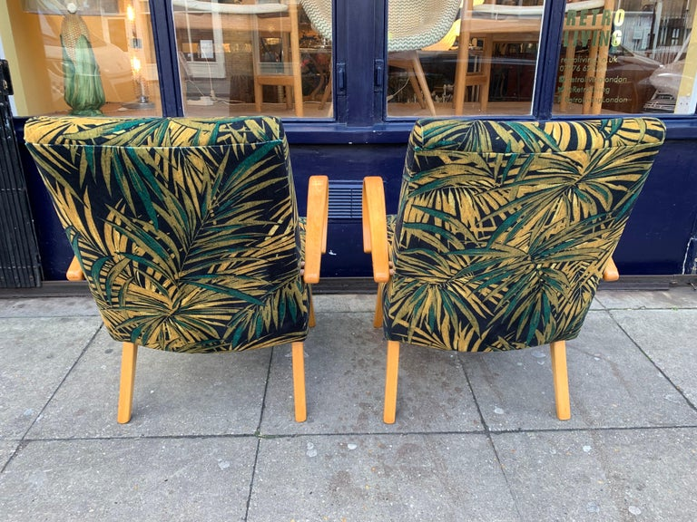 1960s Pair of Czech Republic Lounge Chairs Armchairs by Jaroslav Smidek for Ton For Sale 2