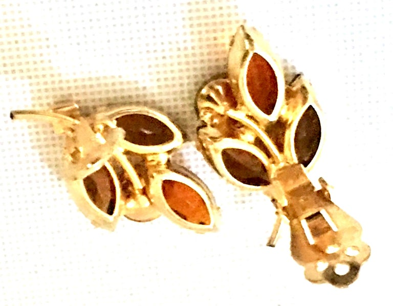 1960'S Pair Of Gold & Austrian Crystal Abstract Flower Earrings For Sale 6