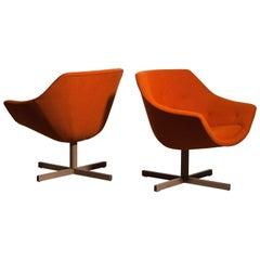 1960s, Pair of Mandarini Swivel Armchairs by Carl Gustaf Hiort and Nanna Ditzel