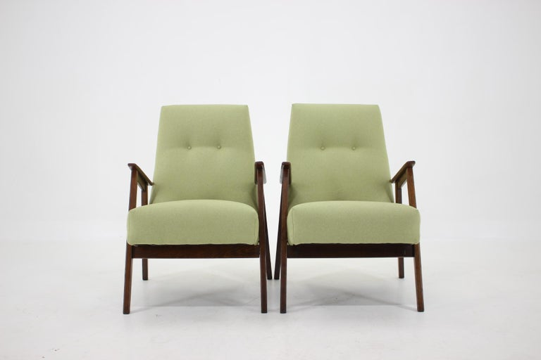 1960s Pair of Midcentury Armchairs ,Czechoslovakia In Good Condition For Sale In Praha, CZ