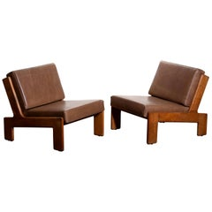 1960s, Pair of Oak and Leather Cubist Lounge Chairs by Esko Pajamies for Asko