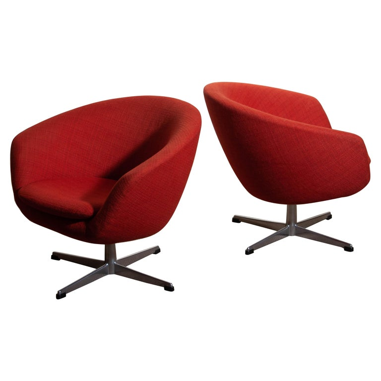 Mid-Century Modern 1960s, Pair of Swivel Lounge Chairs by Carl Eric Klote for Overman, Denmark