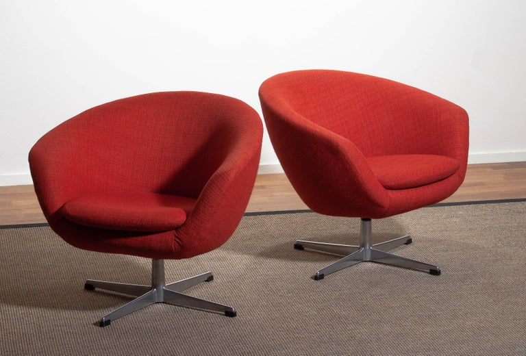 Aluminum 1960s, Pair of Swivel Lounge Chairs by Carl Eric Klote for Overman, Denmark