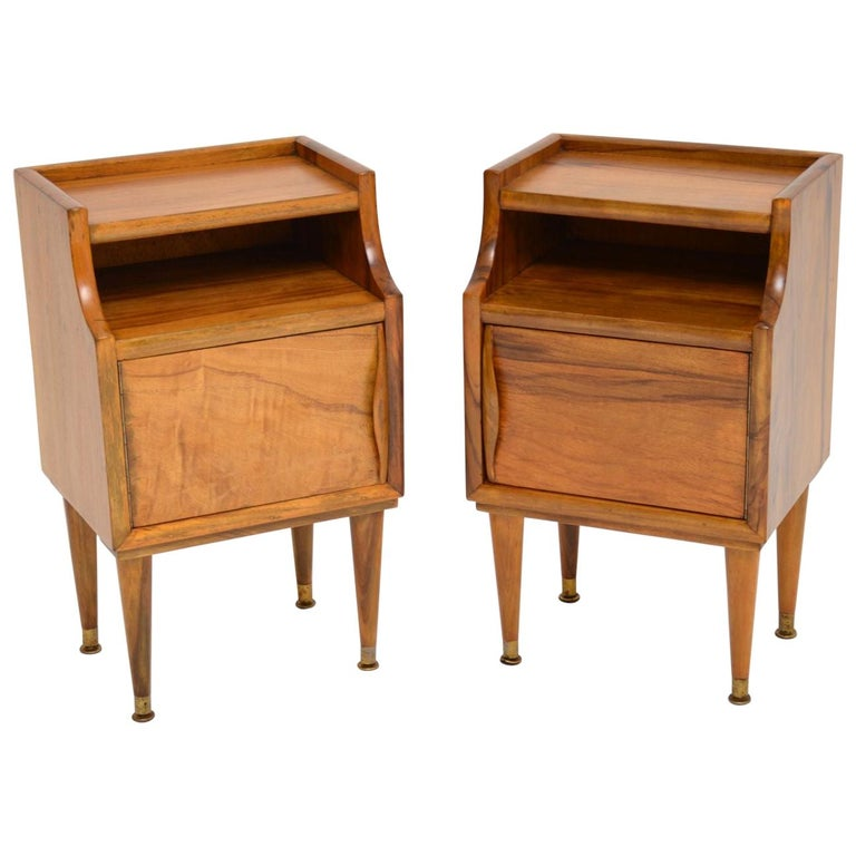 1960s Pair of Vintage Italian Walnut Bedside Cabinets For Sale