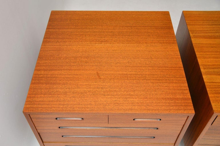 1960s Pair of Vintage Mahogany Chests by Edward Wormley for Dunbar For Sale 4