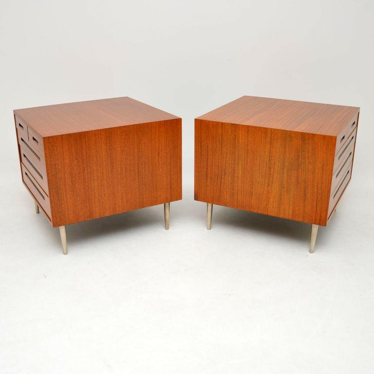American 1960s Pair of Vintage Mahogany Chests by Edward Wormley for Dunbar For Sale