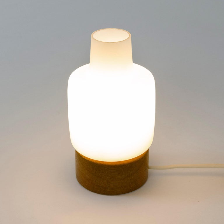 1960s Petite Table Lamp by Luxus In Good Condition For Sale In Sagaponack, NY