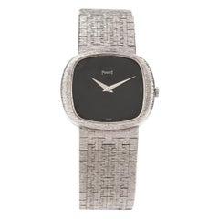 1960s Piaget Black Onyx Dial 18 Karat White Gold Mesh Strap Watch