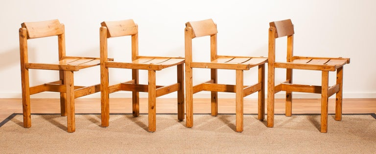 1960s, Set of Four Pine Dining Chairs by Edvin Helseth, Norway For Sale 5