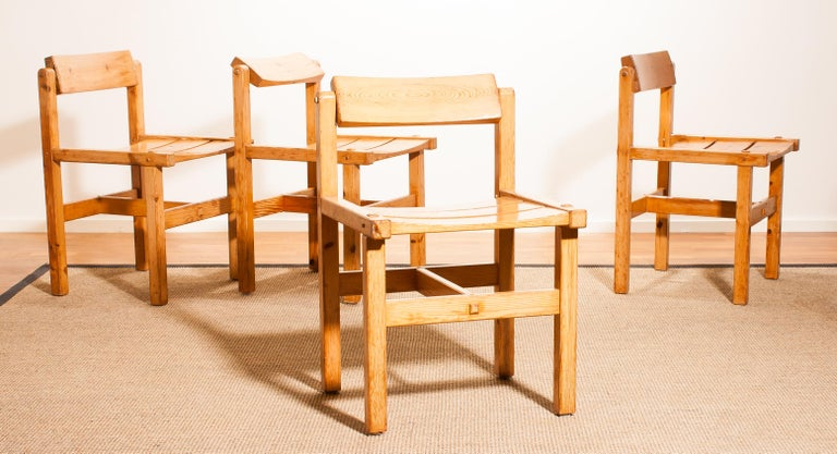 1960s, Set of Four Pine Dining Chairs by Edvin Helseth, Norway For Sale 8