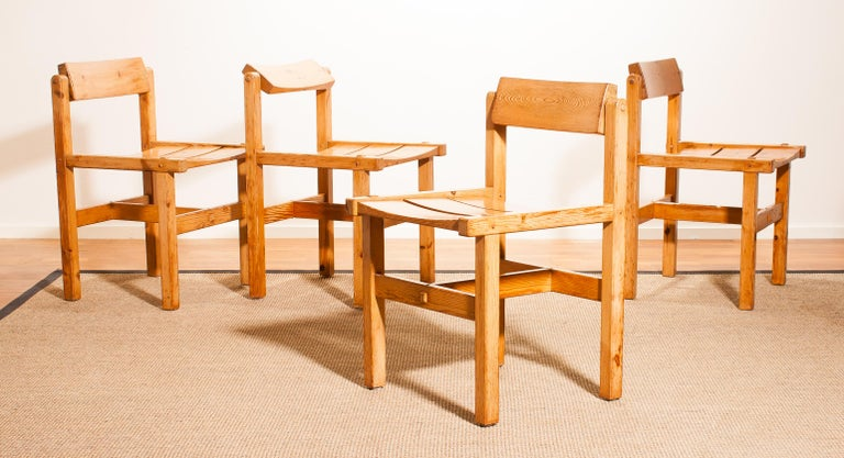 1960s, Set of Four Pine Dining Chairs by Edvin Helseth, Norway For Sale 9
