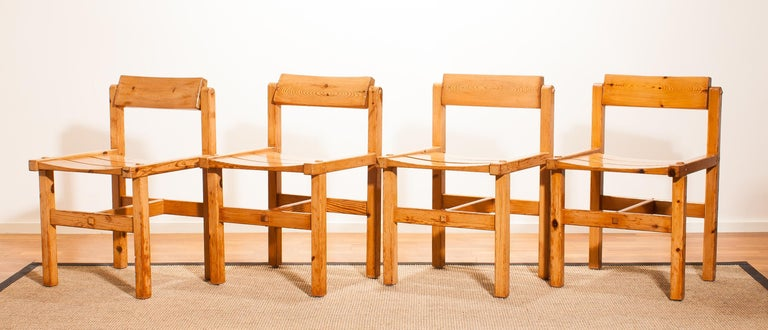 1960s, Set of Four Pine Dining Chairs by Edvin Helseth, Norway For Sale 2