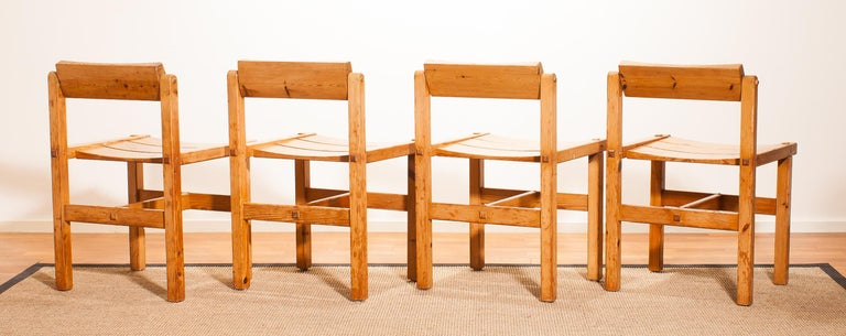 1960s, Set of Four Pine Dining Chairs by Edvin Helseth, Norway For Sale 4