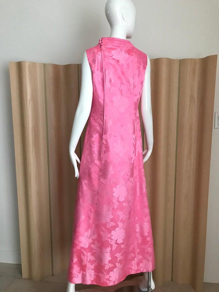 Women's 1960s Pink Jacquard Sleeveless Dress For Sale