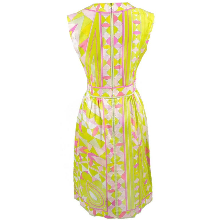 Emilio Pucci Dress in Pink Yellow and Green Lightweight Signature Fabric, 1960s  In Excellent Condition For Sale In Portland, OR