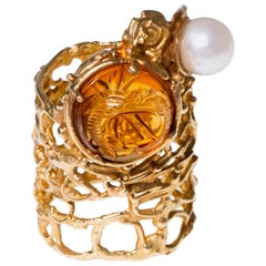 1960s Rare Gerda Flöckinger Carved Citrine, Cultured Pearl and Gold Ring
