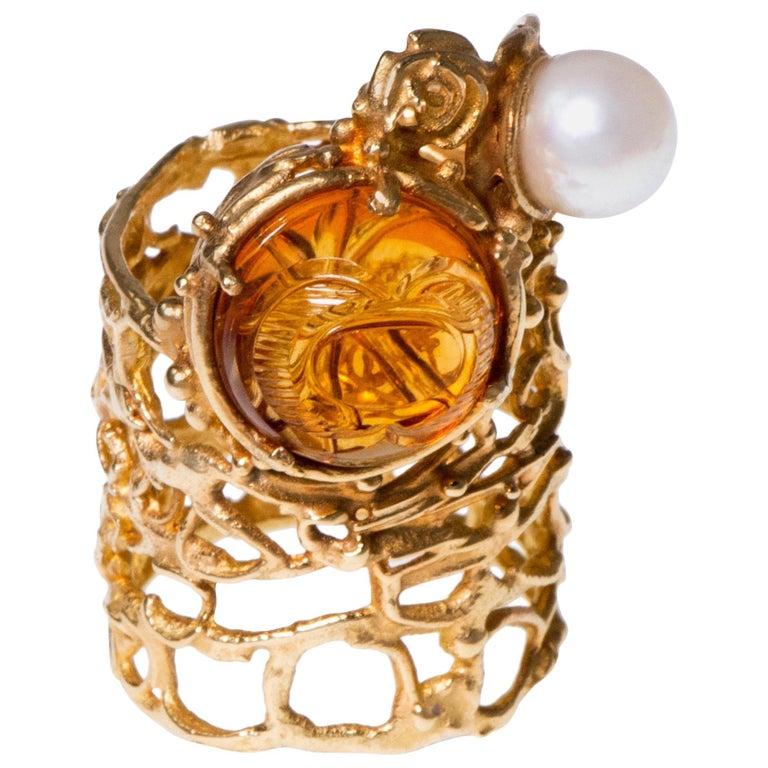 1960s Rare Gerda Flöckinger Carved Citrine, Cultured Pearl and Gold Ring For Sale