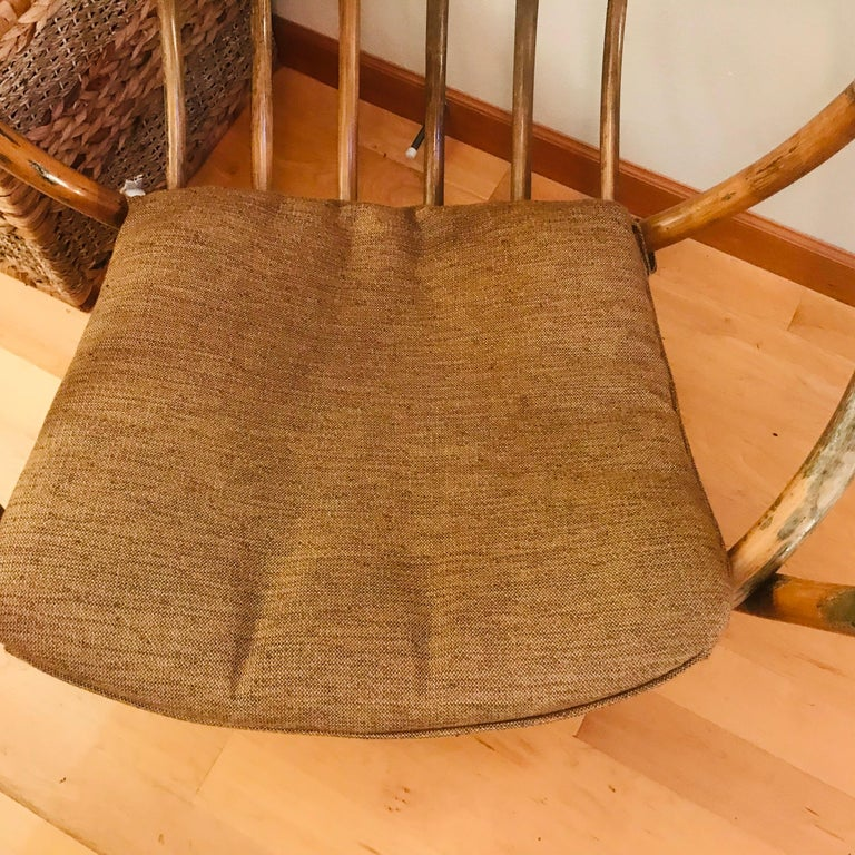 1960s Rattan Swivel Lounge Chair American For Sale 6