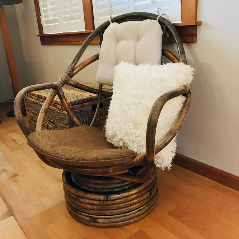 1960s Rattan Swivel Lounge Chair American For Sale 7