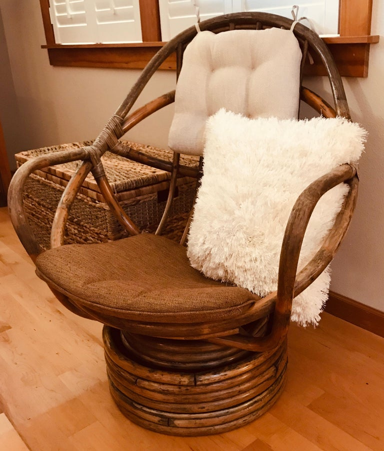 1960s Rattan Swivel Lounge Chair American For Sale 8