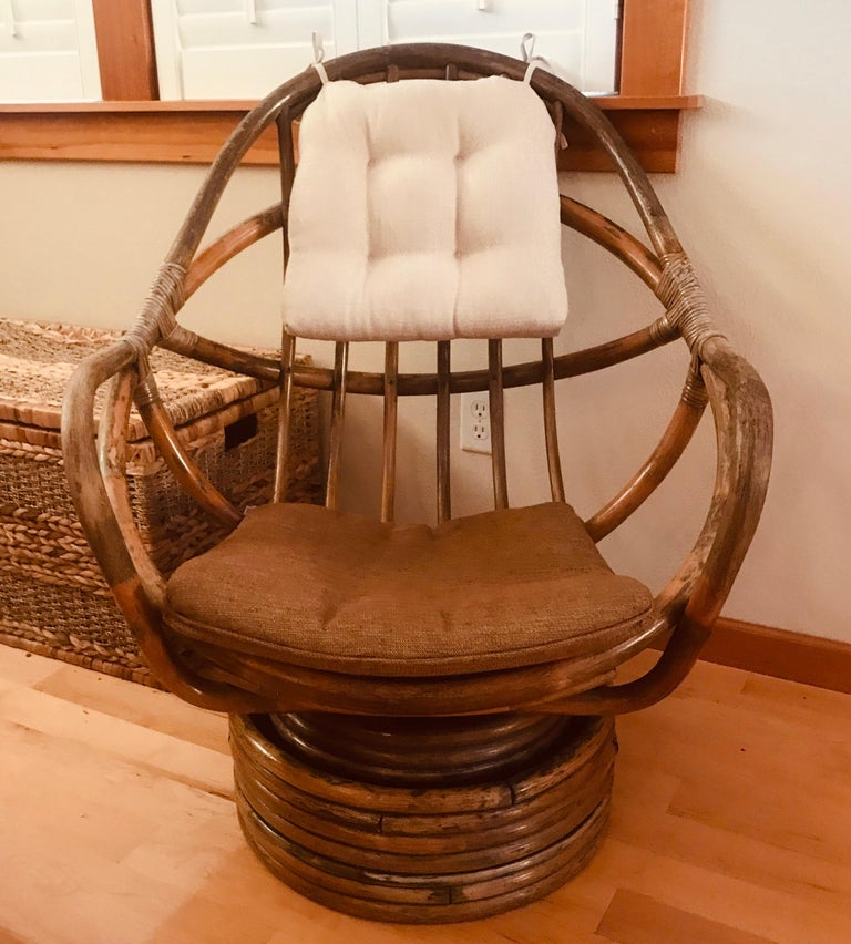 1960s Rattan Swivel Lounge Chair American For Sale 2