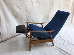 1960's Recliner in the style of Milo Baughman