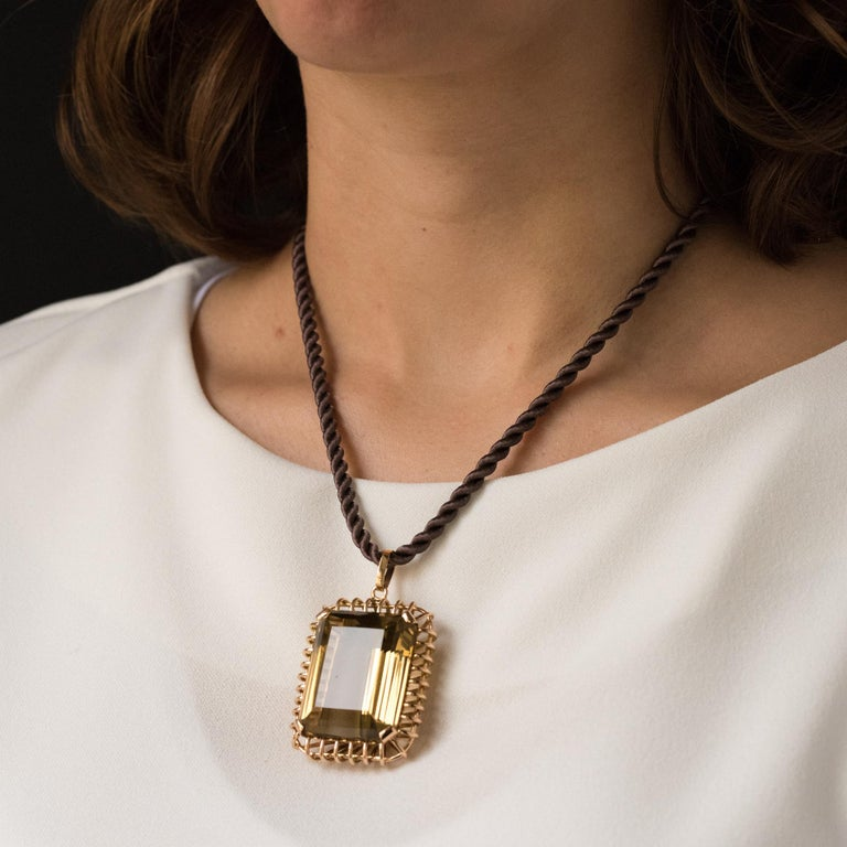 1960s Retro 125 Carats Citrine 18 Karat Rose Gold Pendant In Excellent Condition For Sale In Poitiers, FR