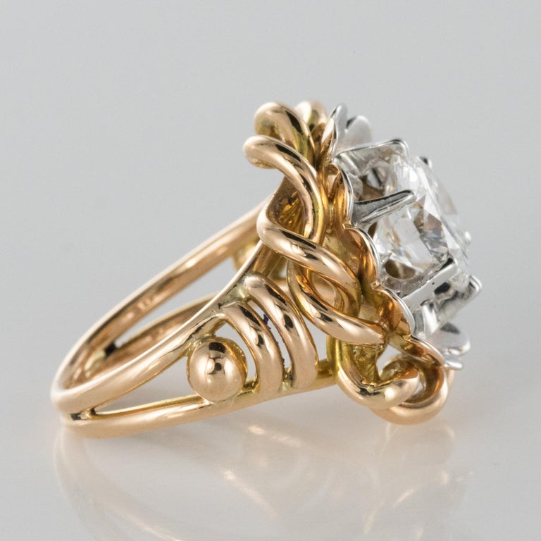 1960s Retro 2.06 Carat Diamond Solitary Ring For Sale 9
