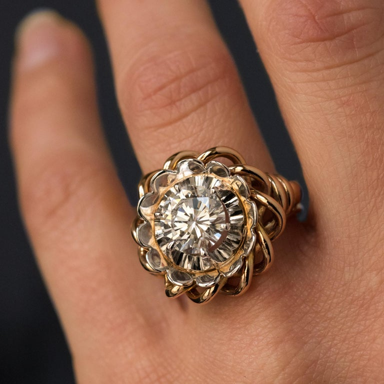 1960s Retro 2.06 Carat Diamond Solitary Ring For Sale 3